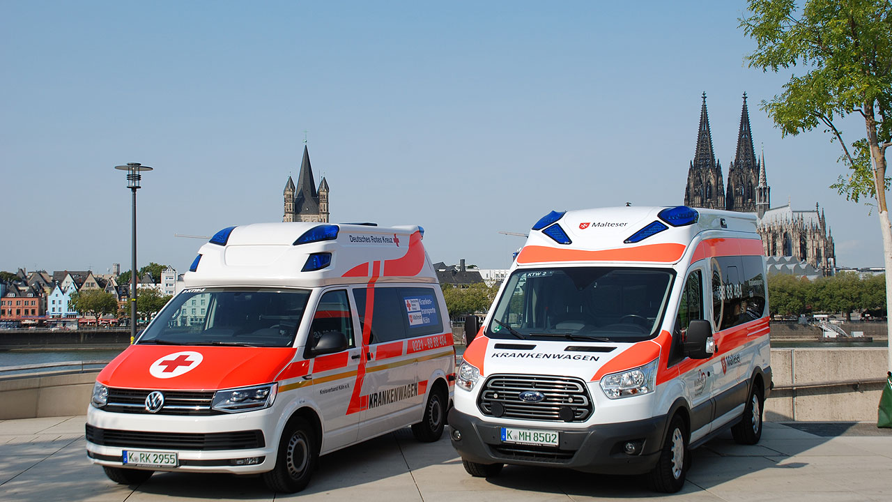 Foto Krankenwagen am Rhein