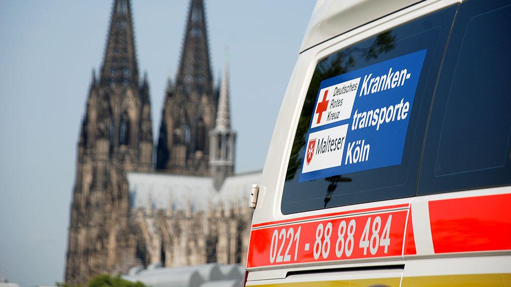 Presse: Etwa 1.000 Menschen evakuiert Weltkriegsbombe in Köln-Meschenich gesprengt